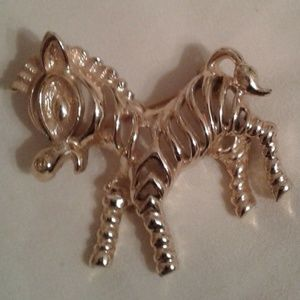 Vintage Sarah Coventry Zebra Brooch Pin Jewelry